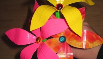 20 Easy Duct Tape Flowers