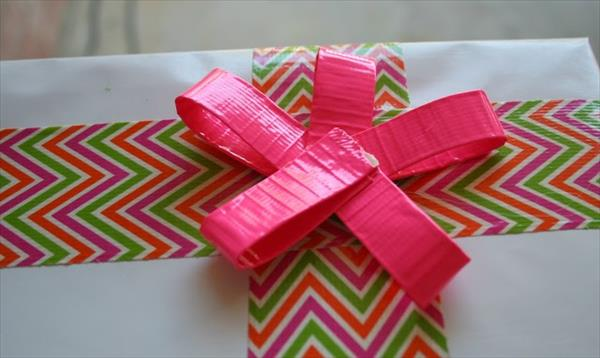 duct-tape-gift-wrap (3)