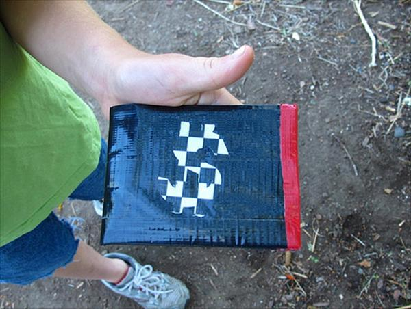 Duct Tape Wallet tutorial