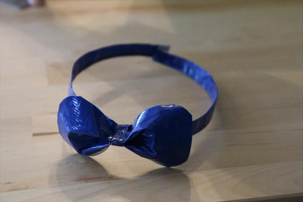 diy duct tape bowtie