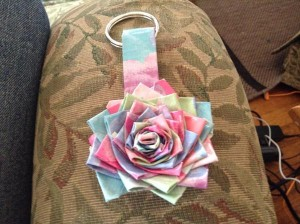 diy duct tape flower keychain