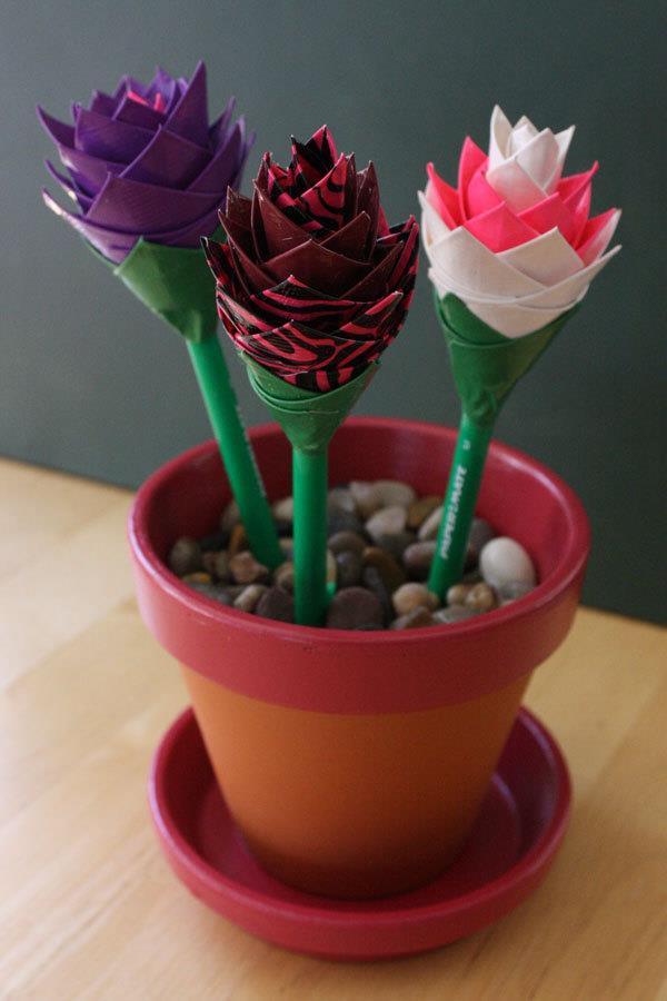 homemade duct tape pen flowers