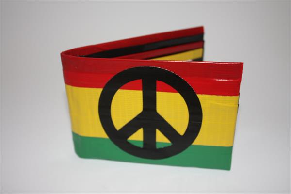 duct tape wallet made with hands