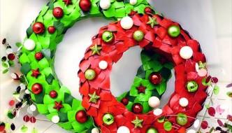 DIY Duct Tape Wreath: For Coastal Ornaments
