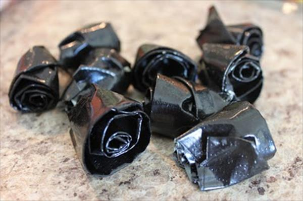 duct tape black flowers diy