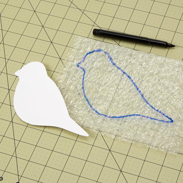 making a sparrow sketch of bubble wrap
