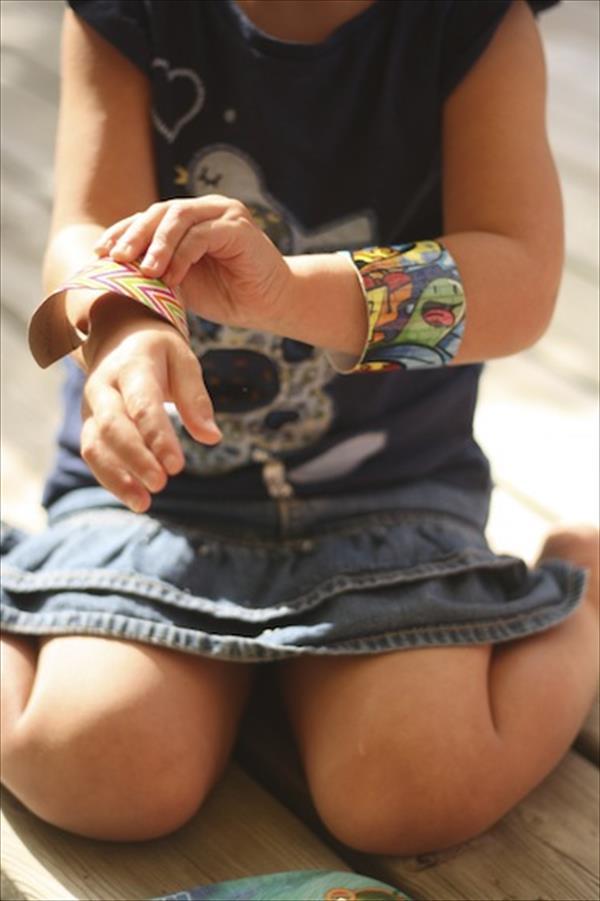 handmade duct tape bracelets