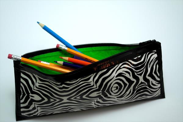 diy duct tape pencil case