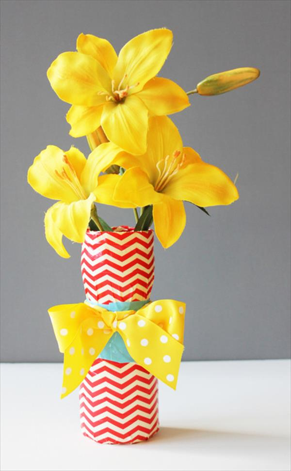 diy handcrafted duct tape flower vase