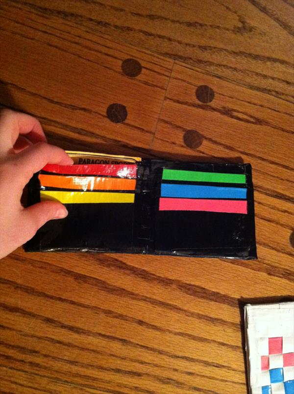 homemade duct tape wallet