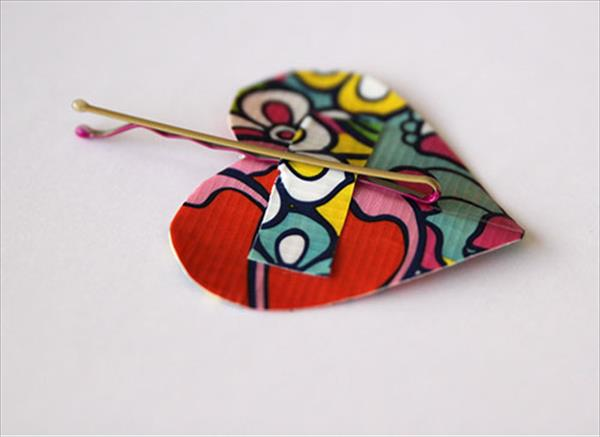 fixing a duct tape heart to hairpin