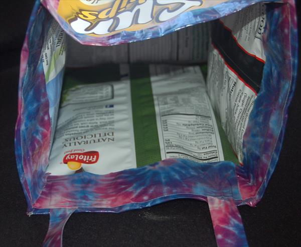 diy duct tape and chip bag tote
